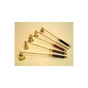 apagavelas-de-metal-y-madera-variados
